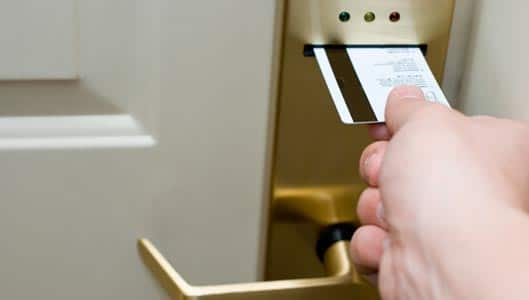 Do hotel key cards contain your personal information ...