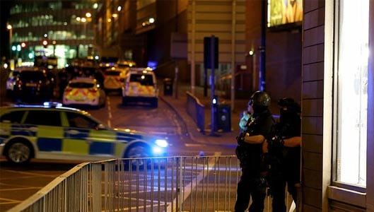 Did Twitter user Owys663 threaten Manchester before attack?
