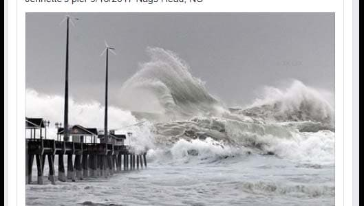 Fake viral photo shows 30 feet waves crashing over Jennette Pier in North Carolina