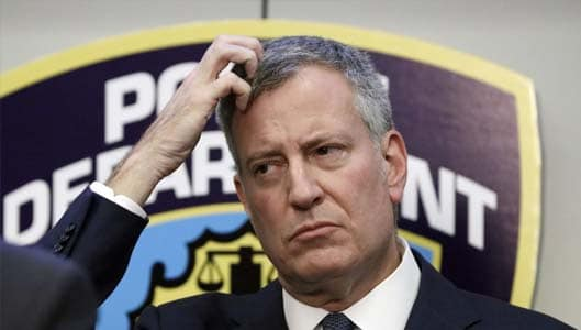 "Have New Yorkers revolted after ""machine error"" changed votes to De Blasio? Fact Check"